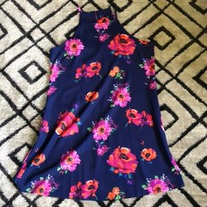 Dresses & Skirts - NWOT Floral Swing Dress